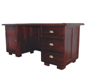 darshan_antiques_sturdy_table